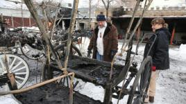 chi-fire-destroys-horse-carriages-photos-20150206